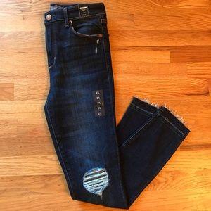Abercrombie & Fitch Frayed Hem Jeans